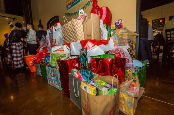 Santa Toy Drive_2014_Vino's-101-X2