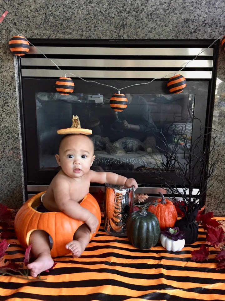 NAKED AVERY IN A PUMPKIN